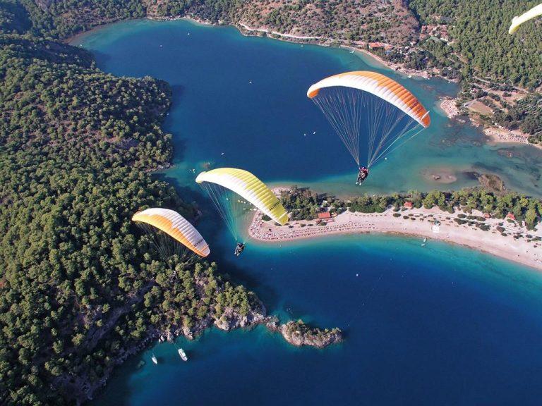 Skoki ze spadochronem nie tylko dla miłośników wysokości i adrenaliny